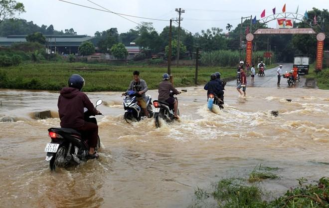 Downpours, flooding wreak havoc in northern Vietnam