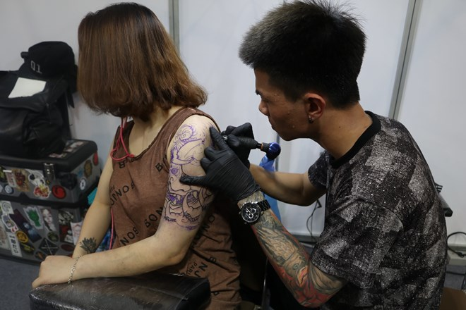 Tattoo: From taboo to popular art form, entertainment events, entertainment news, entertainment activities, what's on, Vietnam culture, Vietnam tradition, vn news, Vietnam beauty, news Vietnam, Vietnam news, Vietnam net news, vietnamnet news, vietnamnet b