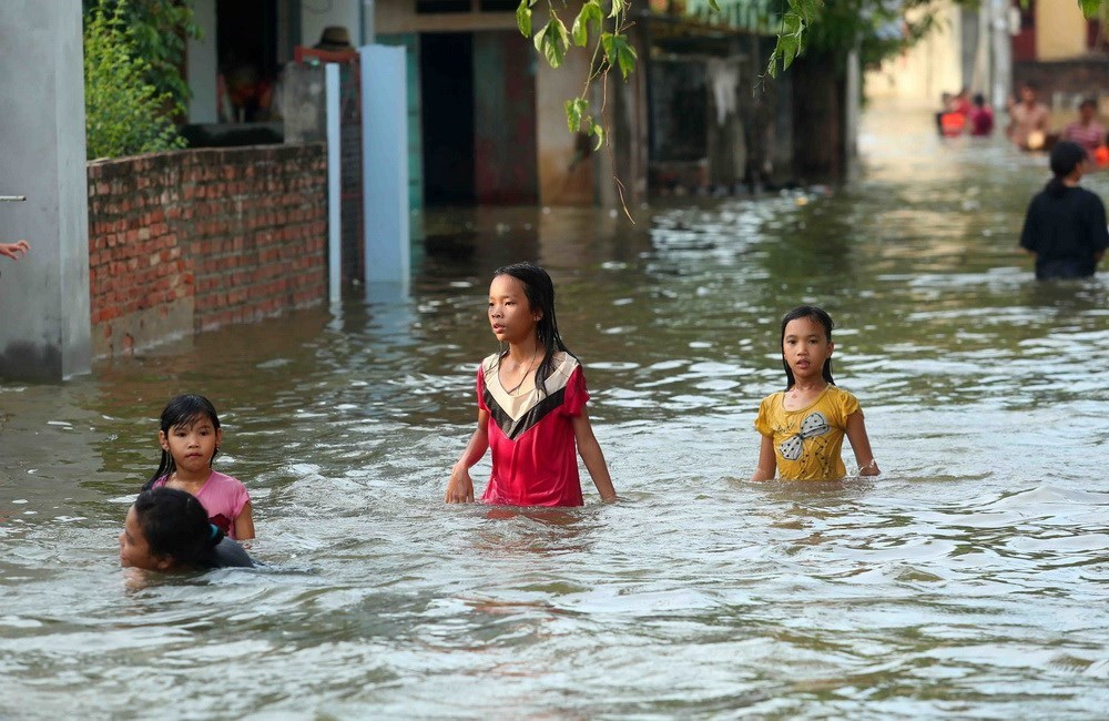 Riverside villages of Hanoi submerged in floodwater, social news, vietnamnet bridge, english news, Vietnam news, news Vietnam, vietnamnet news, Vietnam net news, Vietnam latest news, vn news, Vietnam breaking news