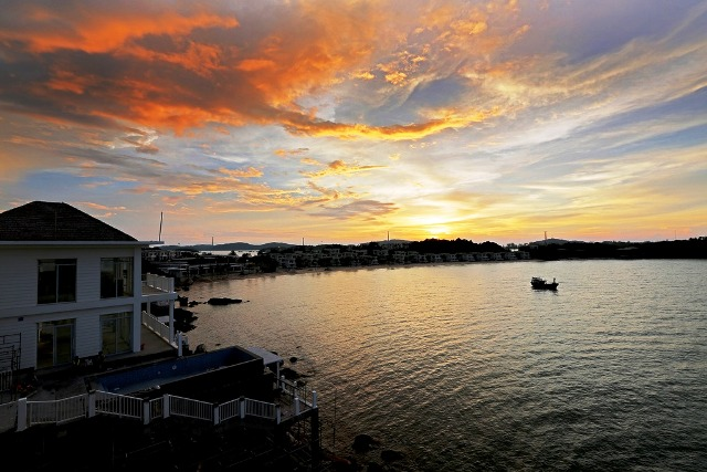 Chasing the sunset on Phu Quoc Island, travel news, Vietnam guide, Vietnam airlines, Vietnam tour, tour Vietnam, Hanoi, ho chi minh city, Saigon, travelling to Vietnam, Vietnam travelling, Vietnam travel, vn news