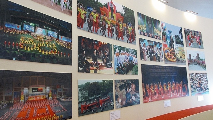 Exhibition highlights Hanoi's development after ten years of expansion, entertainment events, entertainment news, entertainment activities, what's on, Vietnam culture, Vietnam tradition, vn news, Vietnam beauty, news Vietnam, Vietnam news, Vietnam net new