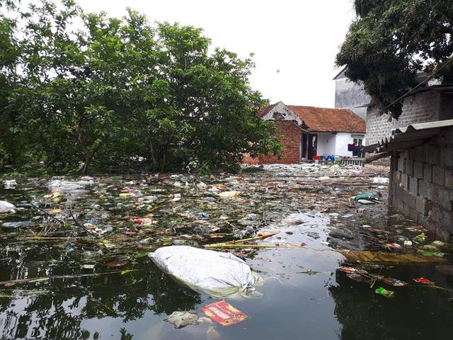 Hanoi's suburbs suffer flood clean-up aftermath, social news, vietnamnet bridge, english news, Vietnam news, news Vietnam, vietnamnet news, Vietnam net news, Vietnam latest news, vn news, Vietnam breaking news