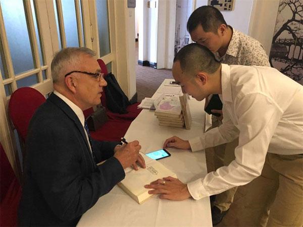 US author, American War, Vietnam economy, Vietnamnet bridge, English news about Vietnam, Vietnam news, news about Vietnam, English news, Vietnamnet news, latest news on Vietnam, Vietnam