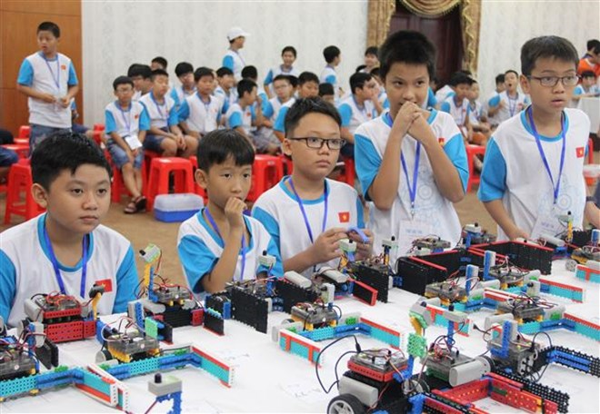 About 150 young students attend Vietnam Robot contest, Vietnam education, Vietnam higher education, Vietnam vocational training, Vietnam students, Vietnam children, Vietnam education reform, vietnamnet bridge, english news, Vietnam news, news Vietnam, vie