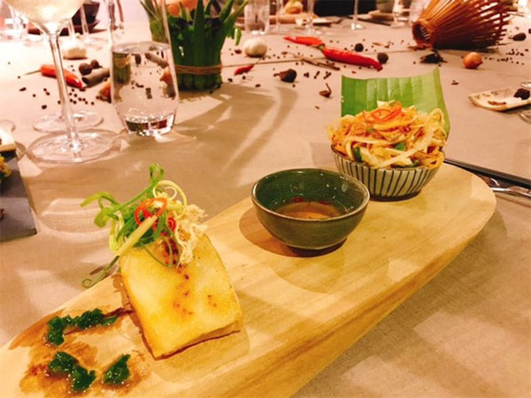 Vietnamese cuisine, T-Art team, treat Vietnamese food, Vietnam economy, Vietnamnet bridge, English news about Vietnam, Vietnam news, news about Vietnam, English news, Vietnamnet news, latest news on Vietnam, Vietnam
