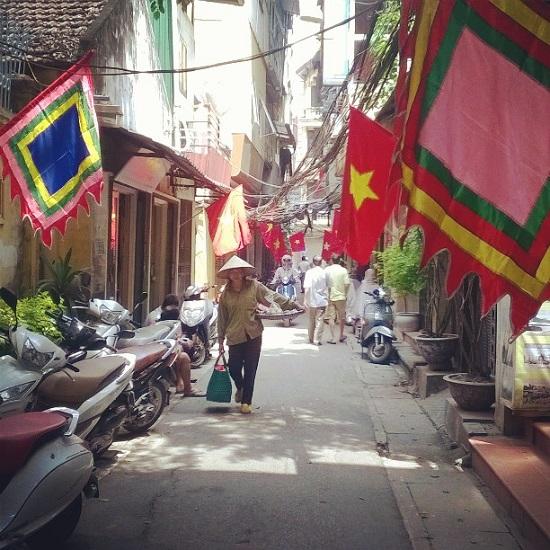 Nem chua ran – the soul of street food in Hanoi, travel news, Vietnam guide, Vietnam airlines, Vietnam tour, tour Vietnam, Hanoi, ho chi minh city, Saigon, travelling to Vietnam, Vietnam travelling, Vietnam travel, vn news