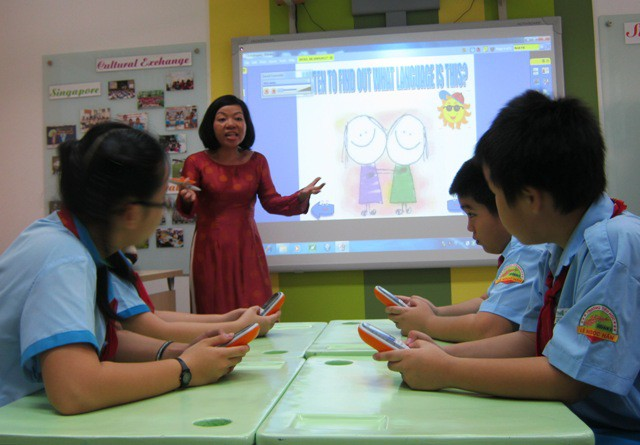 HCM City schools face English teacher challenge