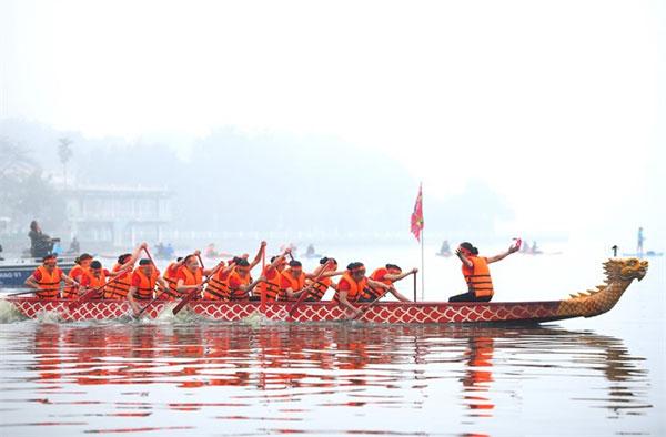 Hanoi, West Lake, dragon boat race, Vietnam economy, Vietnamnet bridge, English news about Vietnam, Vietnam news, news about Vietnam, English news, Vietnamnet news, latest news on Vietnam, Vietnam