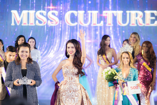 Phan Thi Mo crowned as World Miss Tourism Ambassador, entertainment events, entertainment news, entertainment activities, what's on, Vietnam culture, Vietnam tradition, vn news, Vietnam beauty, news Vietnam, Vietnam news, Vietnam net news, vietnamnet news