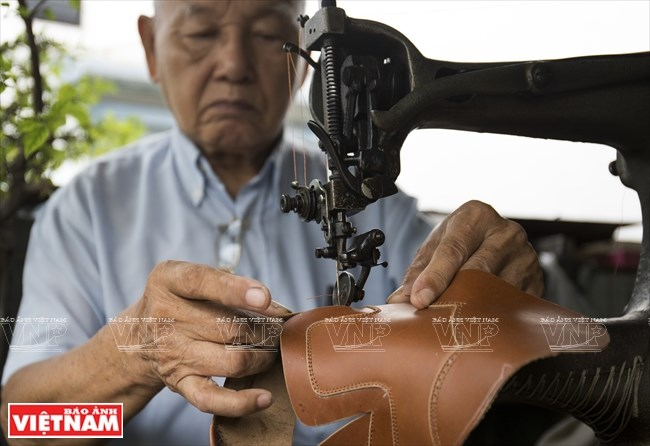 Walking through age-old shoemaking store in HCM City, entertainment events, entertainment news, entertainment activities, what's on, Vietnam culture, Vietnam tradition, vn news, Vietnam beauty, news Vietnam, Vietnam news, Vietnam net news, vietnamnet news