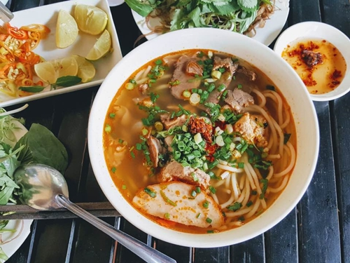 Hue delicacies tempting to every palate, travel news, Vietnam guide, Vietnam airlines, Vietnam tour, tour Vietnam, Hanoi, ho chi minh city, Saigon, travelling to Vietnam, Vietnam travelling, Vietnam travel, vn news