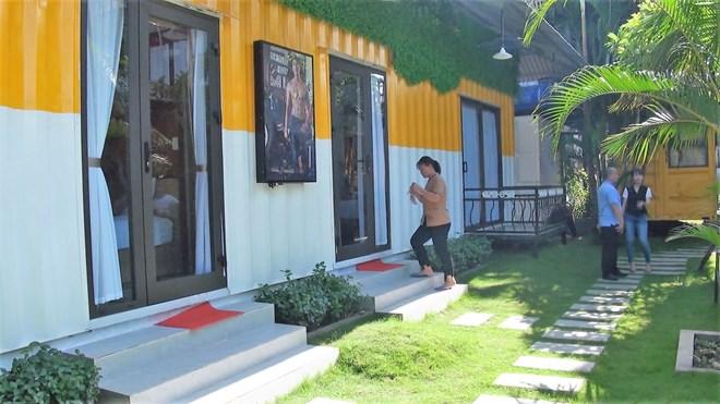 Colourful container hostel in Quang Binh attracts visitors, travel news, Vietnam guide, Vietnam airlines, Vietnam tour, tour Vietnam, Hanoi, ho chi minh city, Saigon, travelling to Vietnam, Vietnam travelling, Vietnam travel, vn news