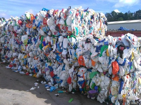 Plastic industry fears bankruptcy as scrap import ban bites, vietnam economy, business news, vn news, vietnamnet bridge, english news, Vietnam news, news Vietnam, vietnamnet news, vn news, Vietnam net news, Vietnam latest news, Vietnam breaking news