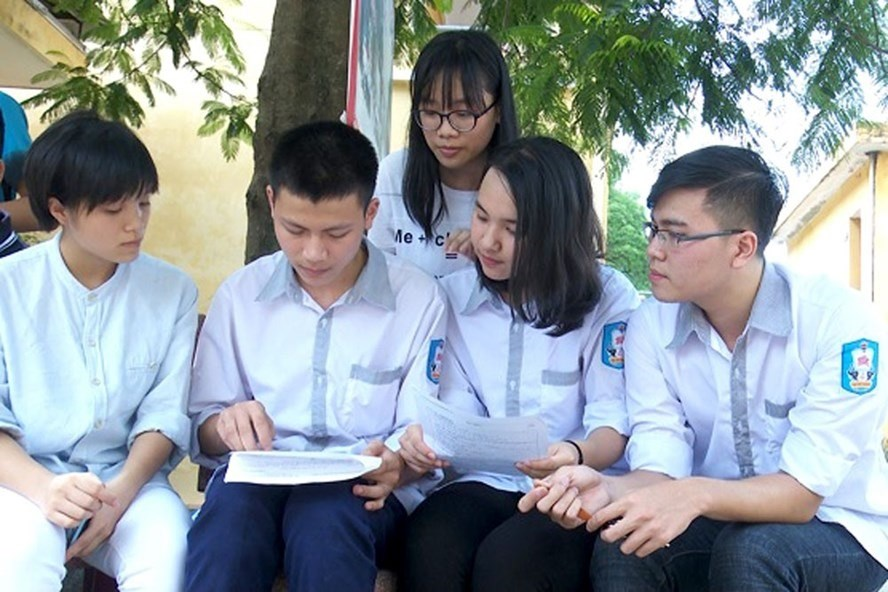 Tuition fee exemptions for poor secondary pupils