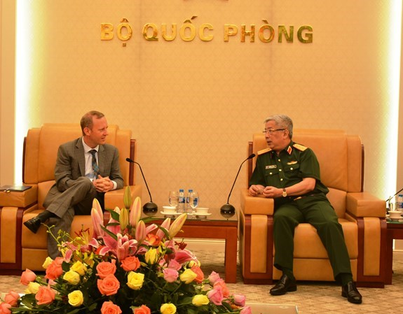 First Vietnam-UK defence policy dialogue slated for late 2018