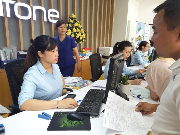 vietnam economy, business news, vn news, vietnamnet bridge, english news, Vietnam news, news Vietnam, vietnamnet news, vn news, Vietnam net news, Vietnam latest news, Vietnam breaking news, Viettel, MobiFone, 11-digit simcards
