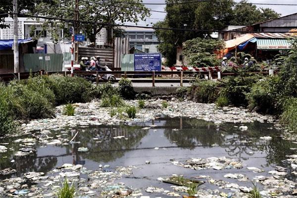HCM City, industrial waste, pollute, Vietnam economy, Vietnamnet bridge, English news about Vietnam, Vietnam news, news about Vietnam, English news, Vietnamnet news, latest news on Vietnam, Vietnam