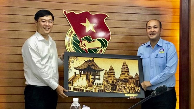 Vietnam attends smart city development seminar in Netherlands, Vietnamese youth union leader wants more exchanges with Cambodia