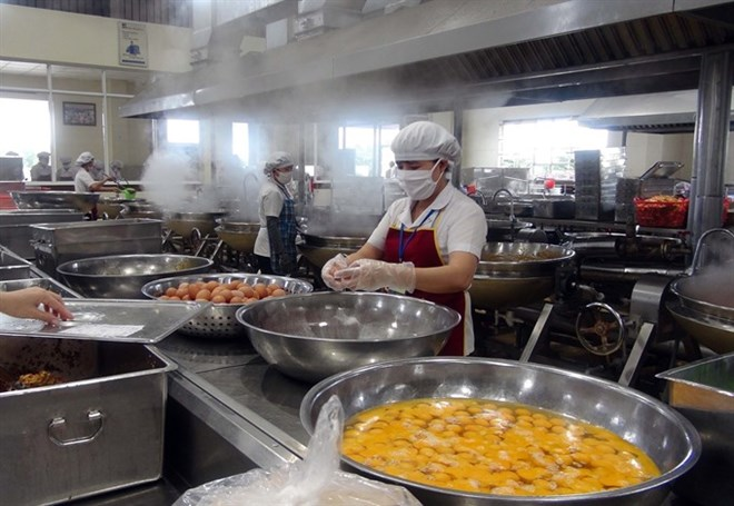 Food safety in industrial zones a major concern, social news, vietnamnet bridge, english news, Vietnam news, news Vietnam, vietnamnet news, Vietnam net news, Vietnam latest news, vn news, Vietnam breaking news
