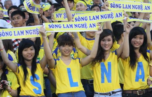 SLNA, Trọng Hoàng, Văn Quyến, đào tạo trẻ, thành công