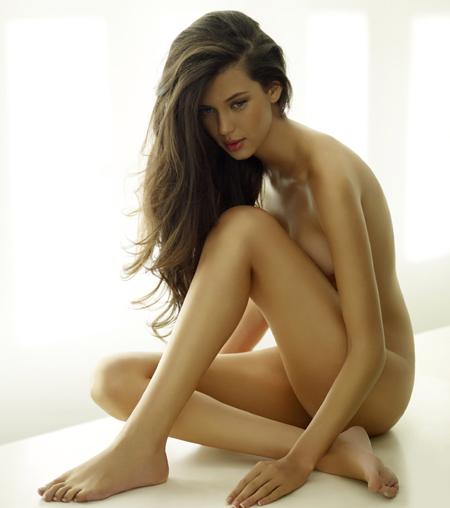 Hoa hậu sexy từng khiến nhà Ibra điêu đứng