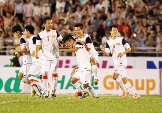 U19 Việt Nam, HAGL, SLNA, bầu Đức