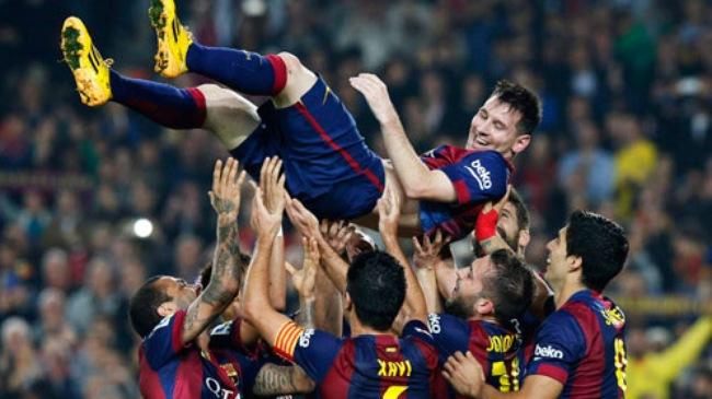 Messi lập kỉ lục ghi bàn, Barca đại thắng Sevilla