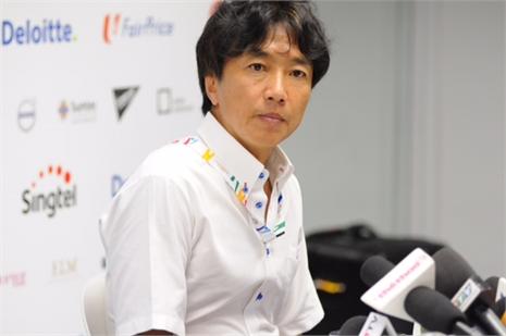 HLV Miura: 'Thua là do tôi thử nghiệm'