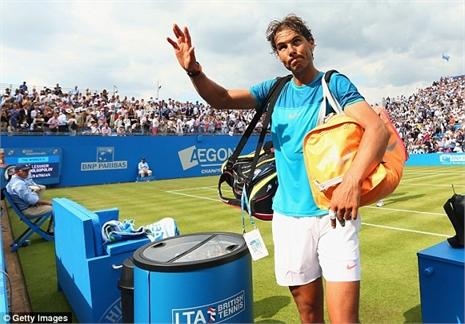 Có Mourinho tiếp lửa, Nadal thua sốc 'dị nhân' Ukraine