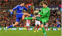 Đến Chelsea để dự bị, Begovic cũng cam lòng