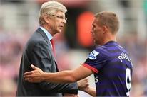 Arsenal mạnh tay thanh trừng ngôi sao