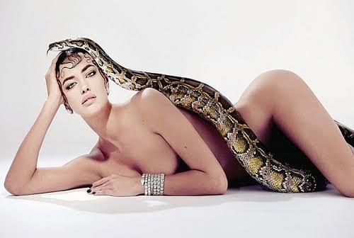 Đứng tim với ảnh Irina khoả thân cùng rắn