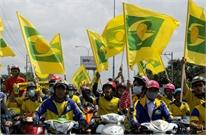 Hàng nghìn CĐV SLNA đổ bộ sân Gò Đậu