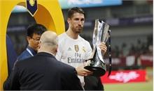 Xong nước cờ đỉnh, Ramos ra mặt nhận cúp