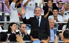 """Chủ tịch Real không dám bán Ramos vì sợ """"bay ghế"""""""