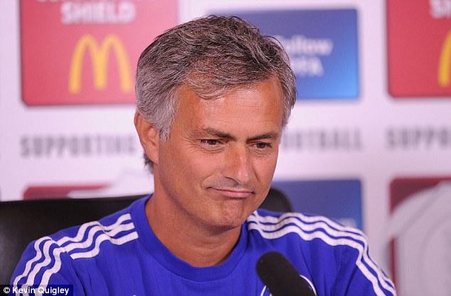 Học Sir Alex, Mourinho làm HLV đến năm 70 tuổi