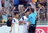 """SLNA thua sân khách và """"kỷ lục buồn"""" của Mạnh Hùng"""