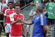 """Jose Mourinho: Về một """"Người đặc biệt"""" khác"""