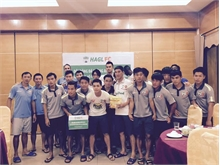 Công Phượng và quân bầu Đức góp tiền ủng hộ đồng bào Quảng Ninh