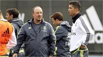 "Benitez phủ nhận có ""chiến tranh"" với Ronaldo"