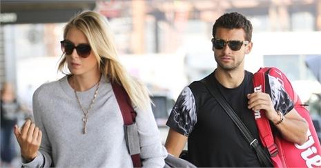 Vì sao Sharapova bị Dimitrov 'đá'?