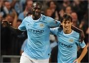 Toure và Silva cãi vã ỏm tỏi vì bàn thắng mở màn