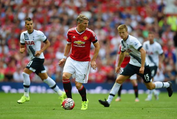 Schweinsteiger, thể lực, bản thân, cải thiện, Pep, chỉ trích, M.U, Premier League