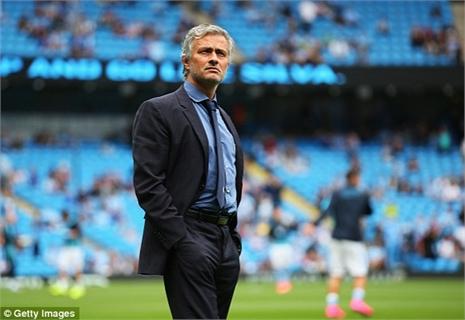 Man City thăng hoa, vùi dập ĐKVĐ Chelsea