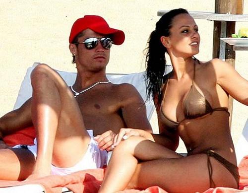 Bồ cũ, nóng bỏng, Ronaldo
