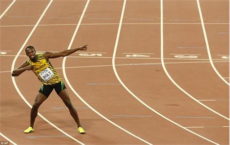 'Tia chớp' Usain Bolt vô địch thế giới chạy 100m