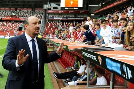 Ra quân thất thu, Benitez vẫn bảo 'tôi lạc quan'!