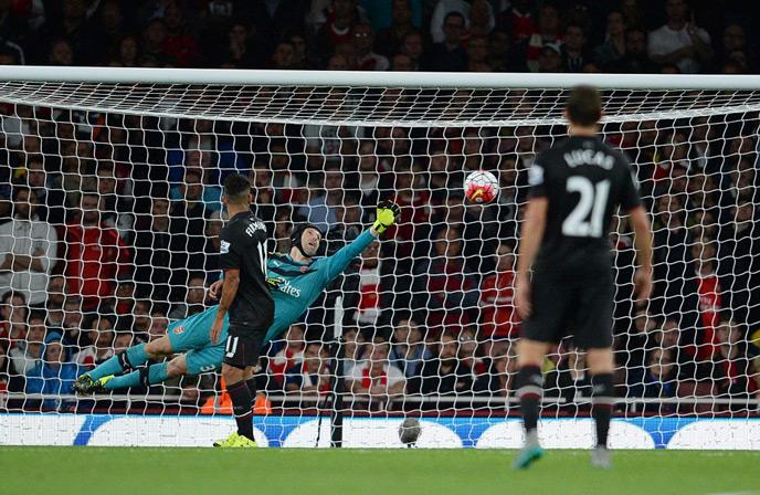 Arsenal, Liverpool, chia điểm, Cech