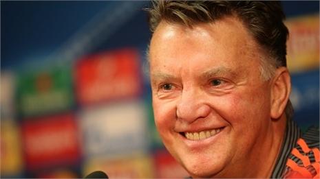 Nắm lợi thế, Van Gaal vẫn dè chừng Club Brugge