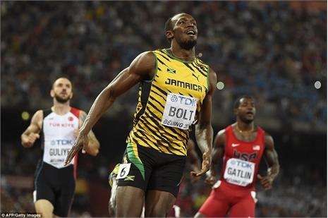 Usain Bolt vô địch thế giới chạy 200m